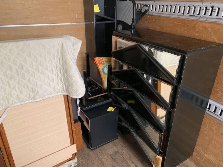 引っ越しをするので、複数点ある家具の処分をお願いします。のイメージ画像