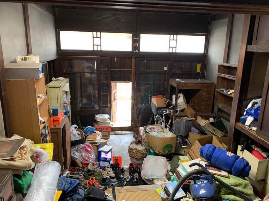 蕨市内で遺品整理のご依頼でお部屋の片付けを行いました。のイメージ画像